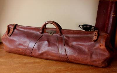 Leather Cricket Coffin Bag
