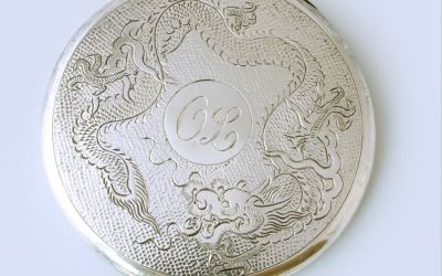 Silver Chinese Dragon Compact
